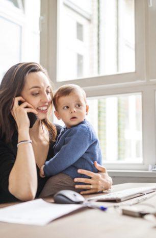 Filhos no trabalho: saiba como lidar com isso