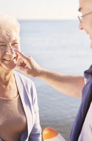 Conheça 5 dicas para cuidados com a pele na terceira idade